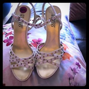 FRANCO SARTO white leather gold stud &button heels